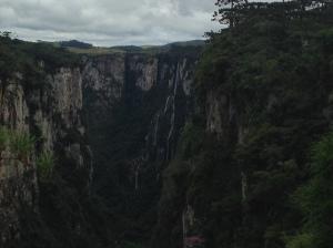 Véu de Noiva waterfall